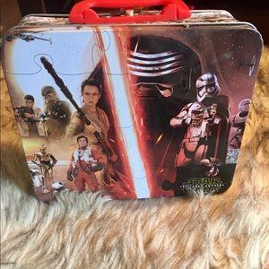 Star Wars: Force Awakens Tin Box